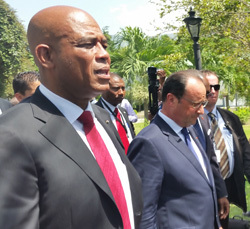 Presidents Martelly of Haiti and Hollande of France