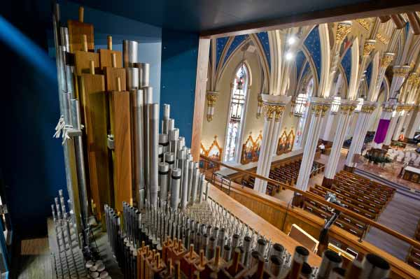 Pipe organ in the Basilica of the Sacred Heart.