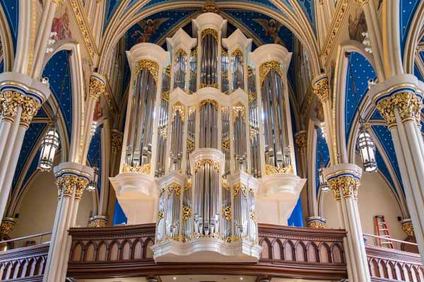 The Murdy Family Organ in the Basilica of the Sacred Heart.