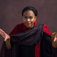 Kennedi Bridges as Iachimo.