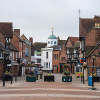 Shops on Henley Street in the historic center of Stratford-upon-Avon.