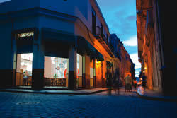Photo of Havana at night by Matt Cashore